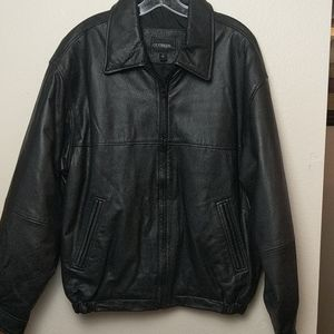 Vintage leather jacket size medium
